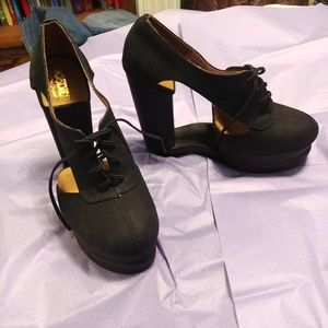 Jeffrey Campbell Benched Woodies size 7 new